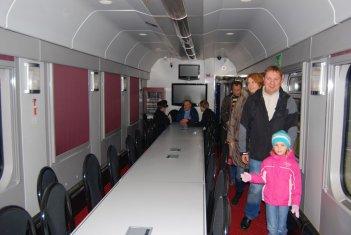 Święto Kolejarza 2013, Wnętrze wagonu konferencyjnego typu 508A