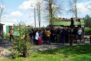 Dzień otwarty maj 2015 - grupa koło portierni.