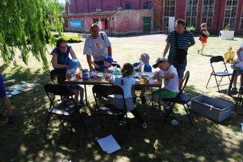 Dzień Dziecka 2015 - kącik plastyczny (2)