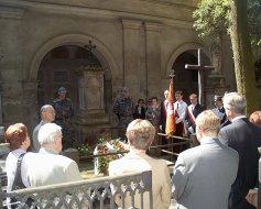 Przy grobie Stanisława Wysockiego