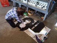 Malowanie pasa świetlnego i tarczy tłowej
