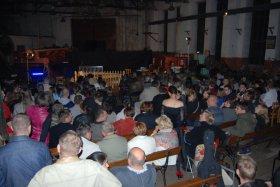 Teatr w Parowozowni, pełna widownia